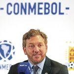 El presidente de la Conmebol defiende los arbitrajes